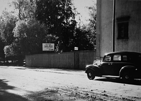 Kuva Cygnaeuksenkadun puolelta 1933. Jyväskylän kaupunginarkisto.