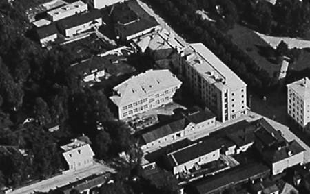 Kuva vuodelta 1933. Veljekset Karhumäki.