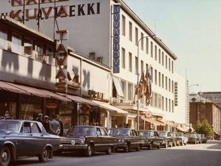 Valtiovieraita Jyväshovissa 1960-luvulla. Kuva Keski-Suomen museo.